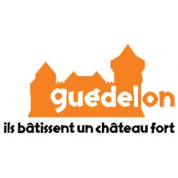 GUEDELON ILS BATISSENT UN CHATEAU FORT